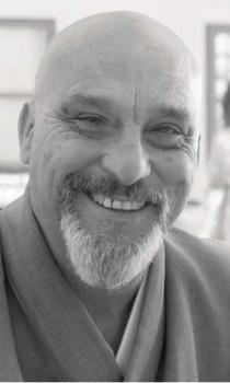 Entrevista a Dokushô Villalba: Zen en la Plaza del Mercado
